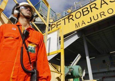 Petroleiros não aceitam proposta de arrocho salarial