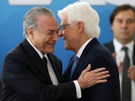 """Câmara dos Deputados aprova foro privilegiado para ministro """"Angorá"""""""