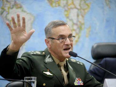 Comandante do Exército diz que 'intervenção militar' é caso que já foi resolvido internamente