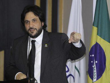 """Chicão: """"Privatização da Eletrobrás trará enormes prejuízos para o país e para a população"""""""