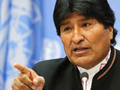 """Evo defende """"soberania e paz"""" e diz  que a """"ONU ainda cheira a enxofre"""""""