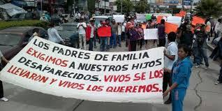 México: marcha pede investigação sobre o desaparecimento dos 43 normalistas