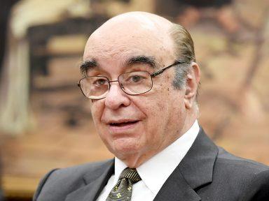 Temer só conseguiu um relator entre as vivandeiras da ditadura