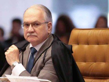 """""""É urgente o fim do foro privilegiado"""", diz Facchin"""