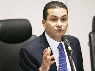 Ministro de Temer sai de férias após áudio de propina vir à tona