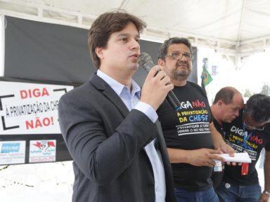 """""""Temer quer vender a Eletrobrás para fazer caixa"""", diz deputado Lucas Ramos (PSB)"""