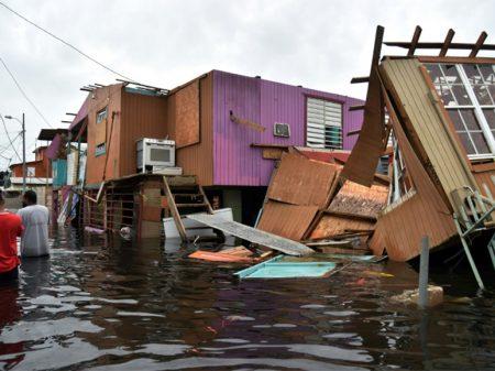 """Governo Trump anuncia: """"Porto Rico será reconstruído em 100 anos"""""""