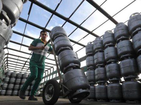 Petrobrás eleva preço do botijão de gás em 12,9%