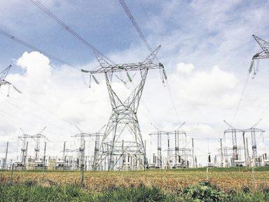 Governo quer taxa extra na energia por 30 anos