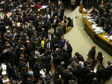Centrão quer os cargos que  Temer prometeu para se salvar