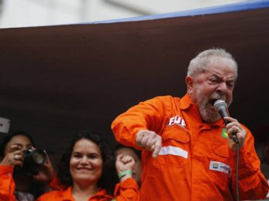 Lula pôs a Odebrecht para roubar a Petrobrás e fala agora que se orgulha dela