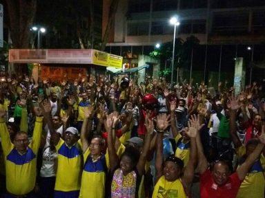 Correios mantêm greve em todo o país e convocam ato nacional