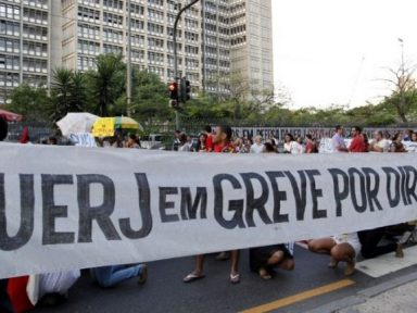 Justiça do RJ proíbe governo de cortar salários de grevistas