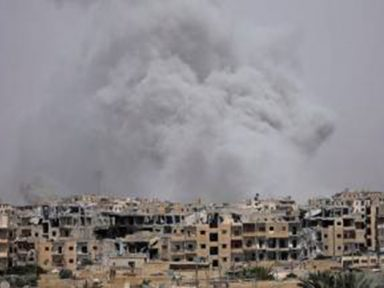 Síria: Raqqa é reduzida a ruínas após 10  meses de bombardeio norte-americano
