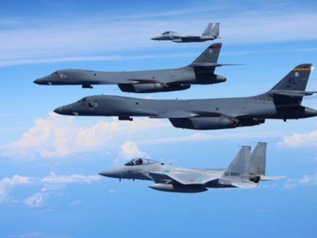 EUA faz provocação à RPDC com bombardeiros estratégicos