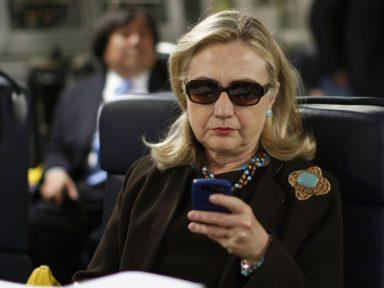 Macartismo-2 nos EUA: foi Hillary que pagou o 'dossiê'