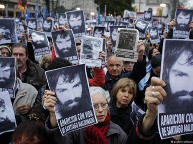 Argentinos voltam a ocupar ruas do país para repudiar o sumiço de Maldonado