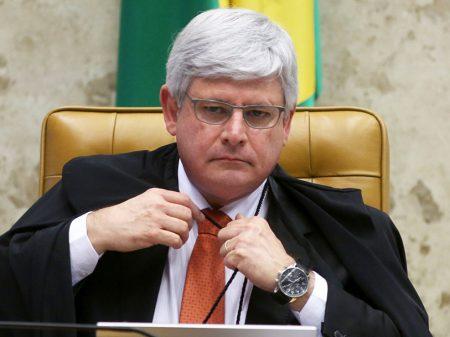 """Janot: Agi para """"cessar os crimes praticados por altas autoridades da República"""""""