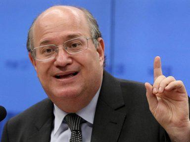 Gênio que preside BC diz que há mais camelôs porque a economia melhora
