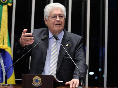 Para Requião, Temer dar pré-sal a múlti é corrupção, mas se Dilma entrega não é