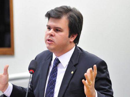 Ministro oferta Eletrobrás nos EUA