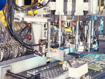 Vendas de máquinas caem 10,2% em outubro