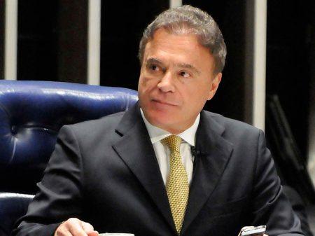 Governo Lula impediu que CPI da Petrobrás buscasse ilícitos, disse Álvaro Dias