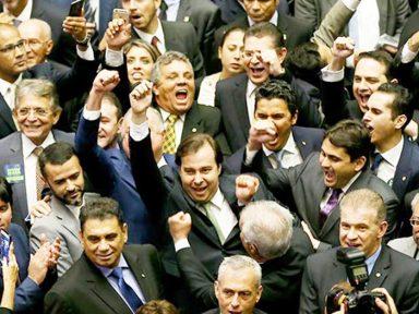 Rodrigo Maia e mais nove deputados fazem tour pelo exterior com diárias de R$ 1.408