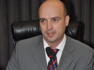 """Juiz rejeita """"reforma"""" em caso de demissão em massa em SP"""
