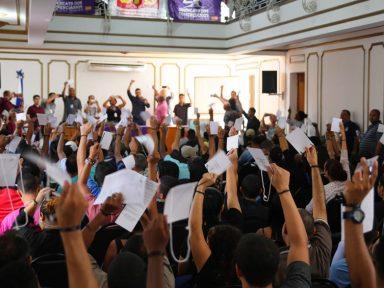 Funcionários do Mundial se rebelam contra redução no salário pós 'reforma'
