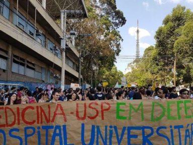 Estudantes de Medicina da USP entram em greve contra desmonte do HU