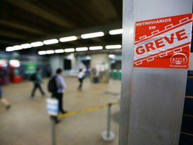 DF: metroviários em greve denunciam substituições do governo