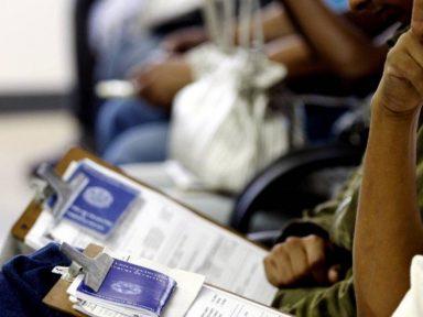 """""""Trabalhador intermitente"""" não terá direito a seguro-desemprego"""