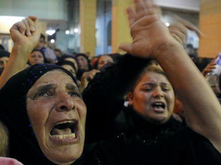 EI chacina 305 em ataque terrorista a mesquita no Egito