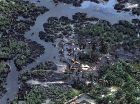 """""""A Shell tem que pagar pelos  crimes que cometeu na Nigéria"""""""