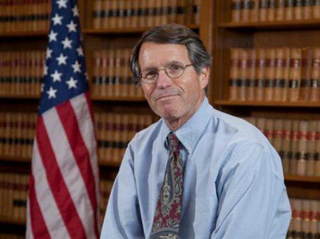 """Juiz bloqueia retaliação de Washington às """"cidades-santuário"""""""