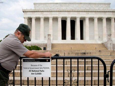 EUA: 8 de dezembro reestreia novelão do 'fechamento do governo'