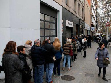 Urnas da Catalunha impõem derrota à política de Rajoy