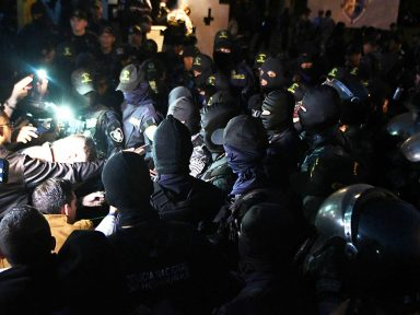 Polícia antimotim se recusa a reprimir povo em Honduras