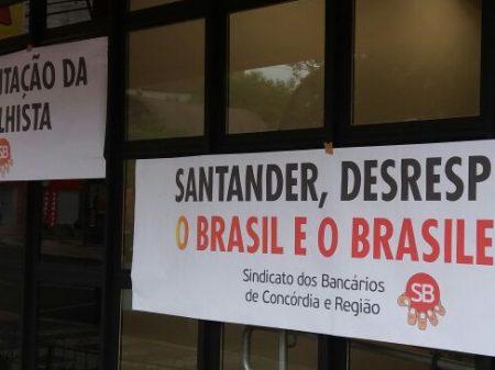 Bancários do Santander param contra a reforma