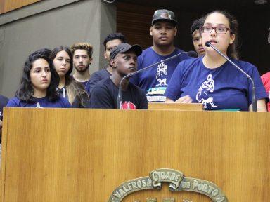RS: Estudantes denunciam ataque ao meio-passe