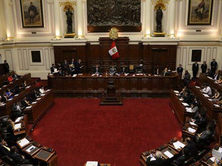 Peru: Propina da Odebrecht a Kuczynski leva a início de impeachment