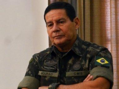 General Mourão é afastado do seu cargo pelo Exército