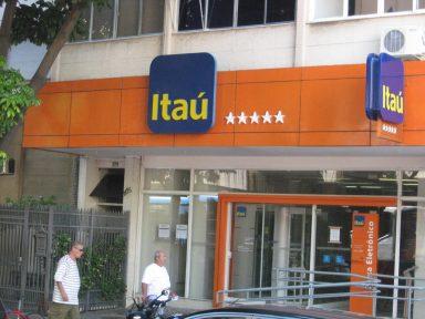Juiz penaliza funcionária em ação contra Itaú