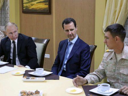 Putin anuncia retirada de tropas e Síria declara vitória sobre terrorismo