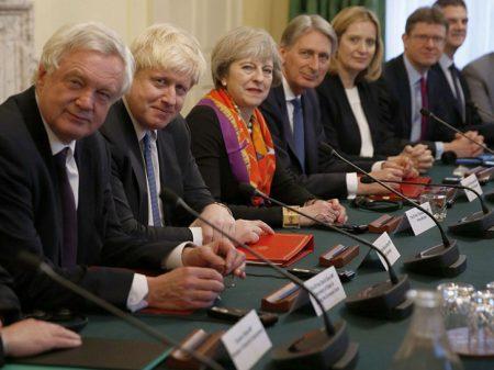 Brexit: governo sofre derrota após rebelião no partido de May