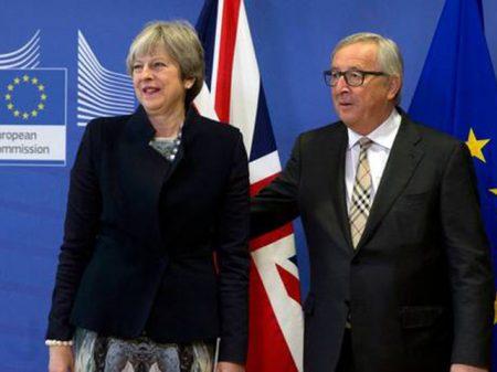 May e Juncker avançam mas acordo sobre Brexit não fecha