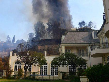 Los Angeles em chamas: mais de 150 mil são evacuados