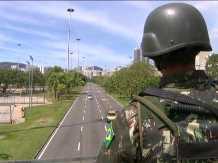 Decreto de Temer empurra FFAA para fazer papel de polícia no Rio