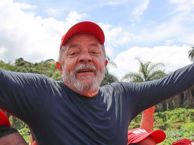 Escrevente fez documento para passar sítio para nome de Lula